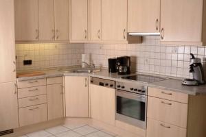 neue Küche inkl. Spülmaschine und Erstausstattung (Kaffeepads etc.)